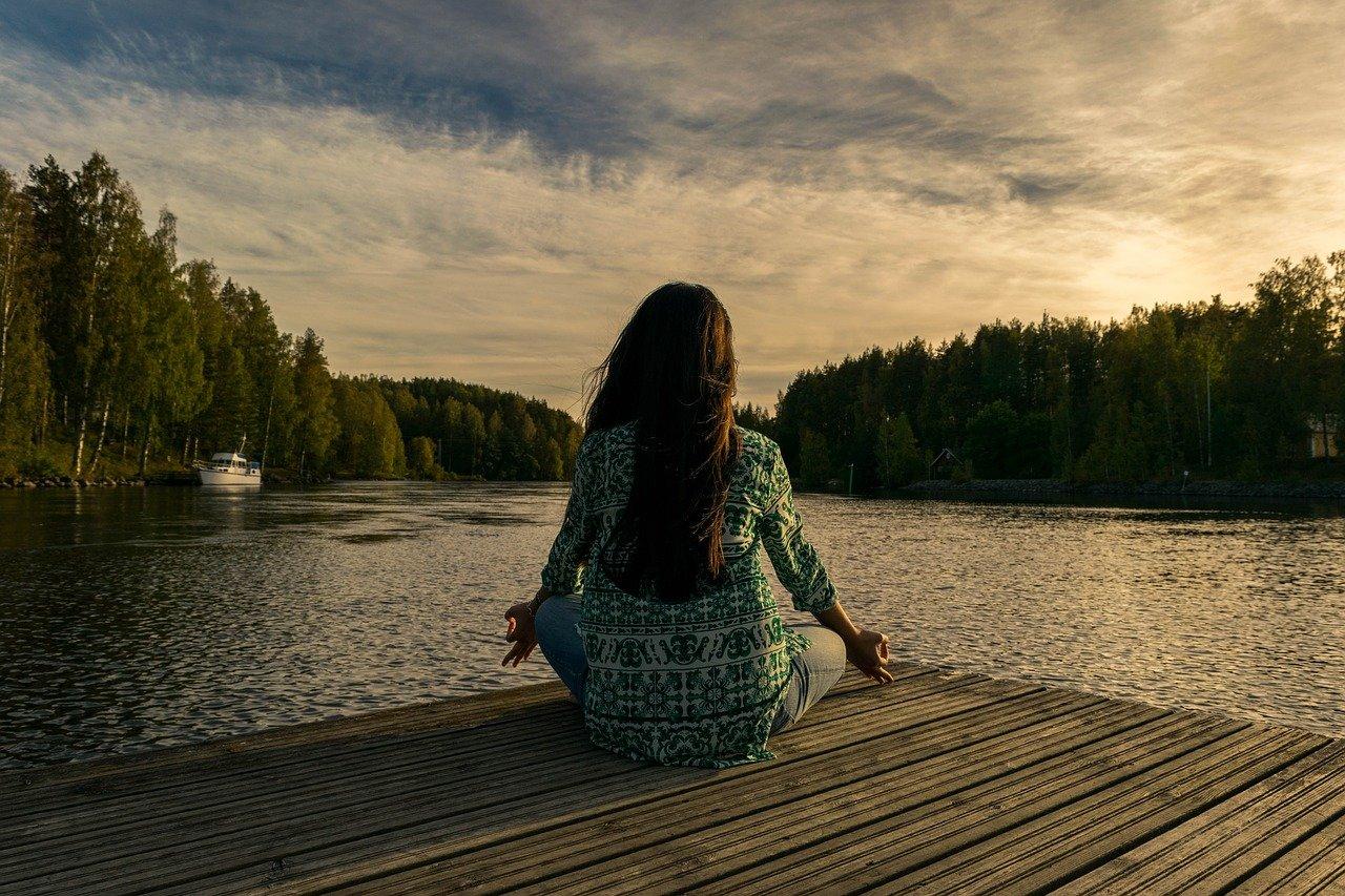 yoga, woman, lake-2176668.jpg